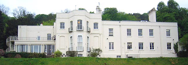 House Of Used >> Berkshire History: Basildon Grotto